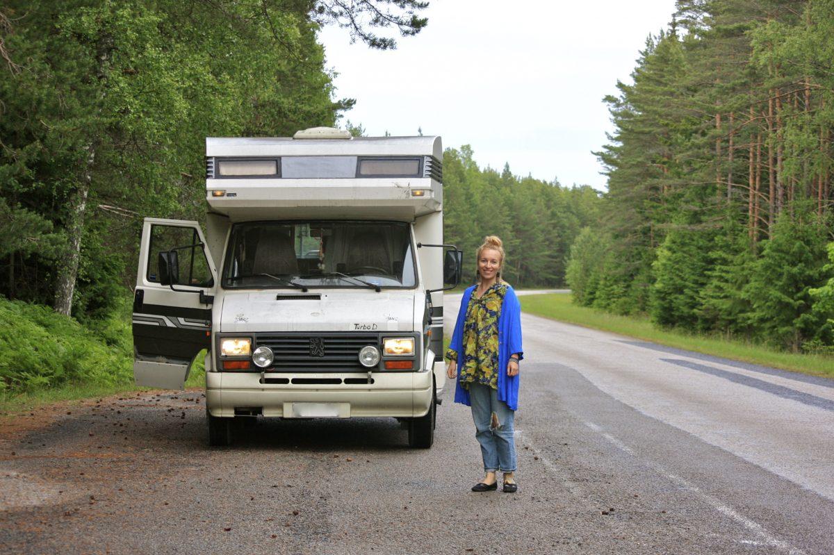 matkailuautolla baltiassa